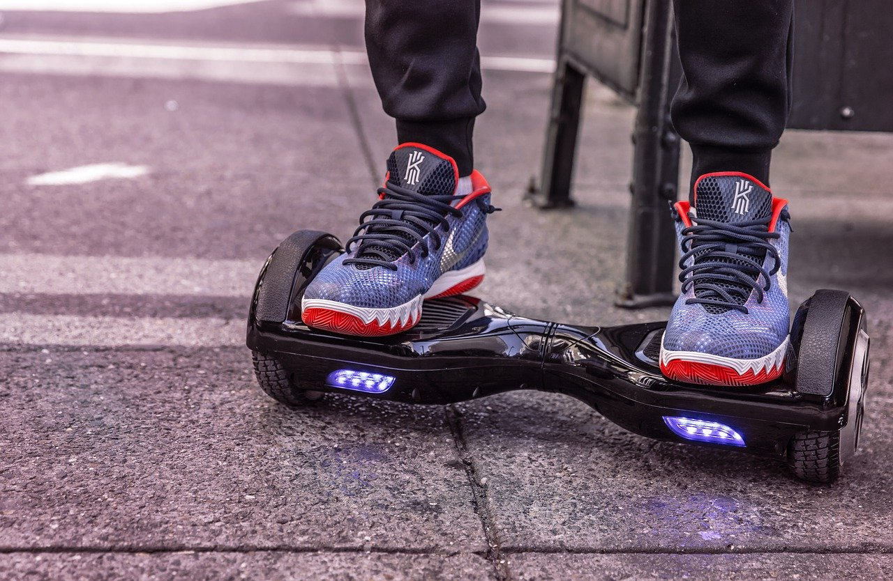 Unde ma pot plimba cu un hoverboard electric