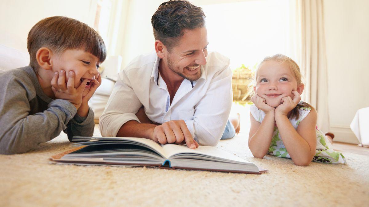 Cum pot părinții pozitivi să încurajeze dezvoltarea personală a copiilor?